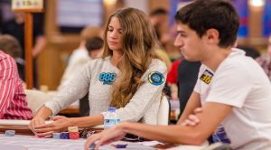 Sofia Lövgren Proceeds on Day 2 of 2016 WSOP Main Event