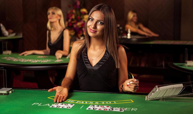 официальный сайт казино с живыми дилерами список