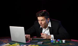 игрок в онлайн казино