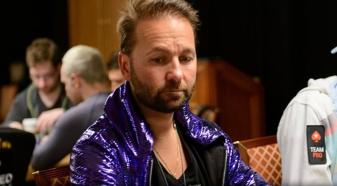 Daniel Negreanu Rebukes Phil Hellmuth for His Arrogance on Twitter