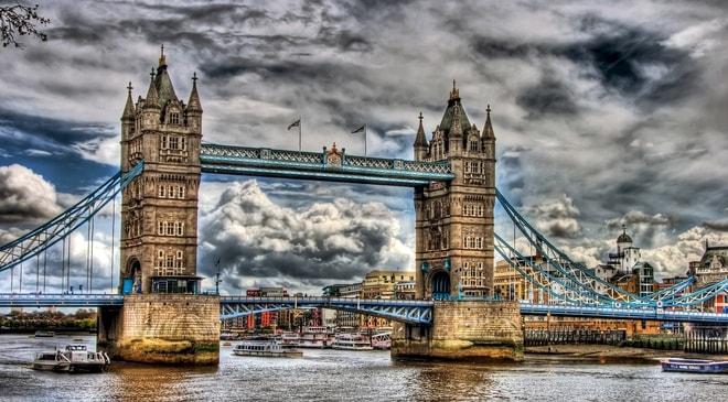 UK Government Slashes FOBTs Maximum Stake to £2