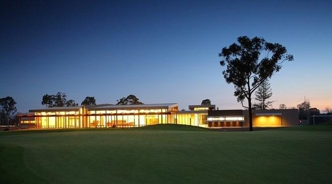 Ballarat Golf Club Applies for More Poker Machines amid Gambling-Related Harm Fears