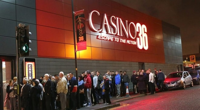 Casino 36 Faces New Licence Conditions Imposed by UKGC Due to Social Responsibility and Money Laundering Failures