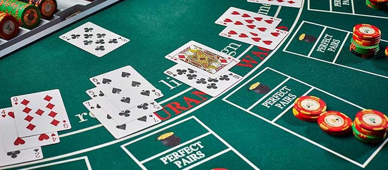 Having Side Bets in Online Blackjack